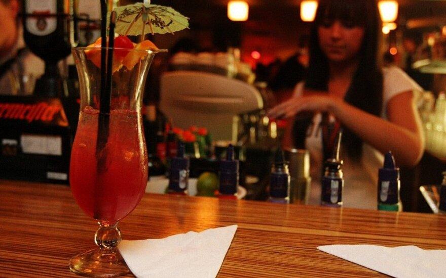 Alkoholio kontrolieriai jau fiksuoja naujų pažeidimų