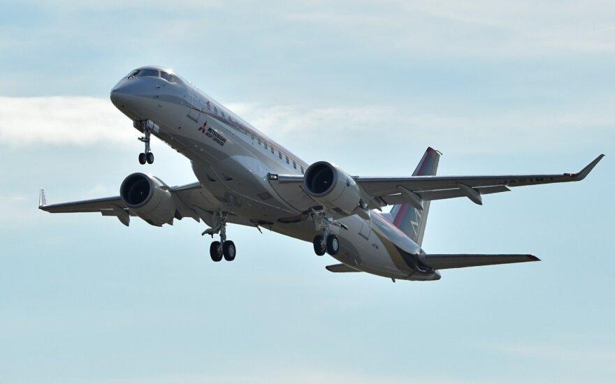 """Pirmasis per 50 metų japonų gamybos oro laineris meta iššūkį """"Boeing"""" ir """"Airbus"""""""