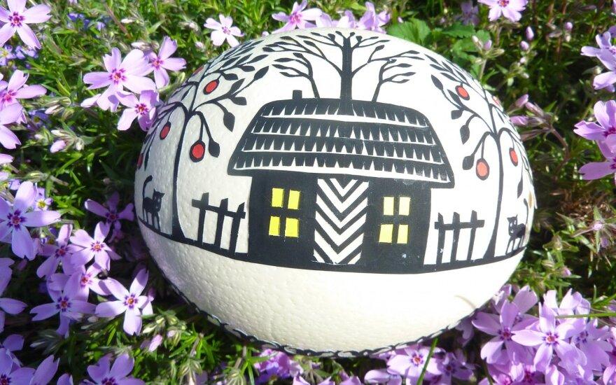 Kiaušinių dekoravimas karpiniais