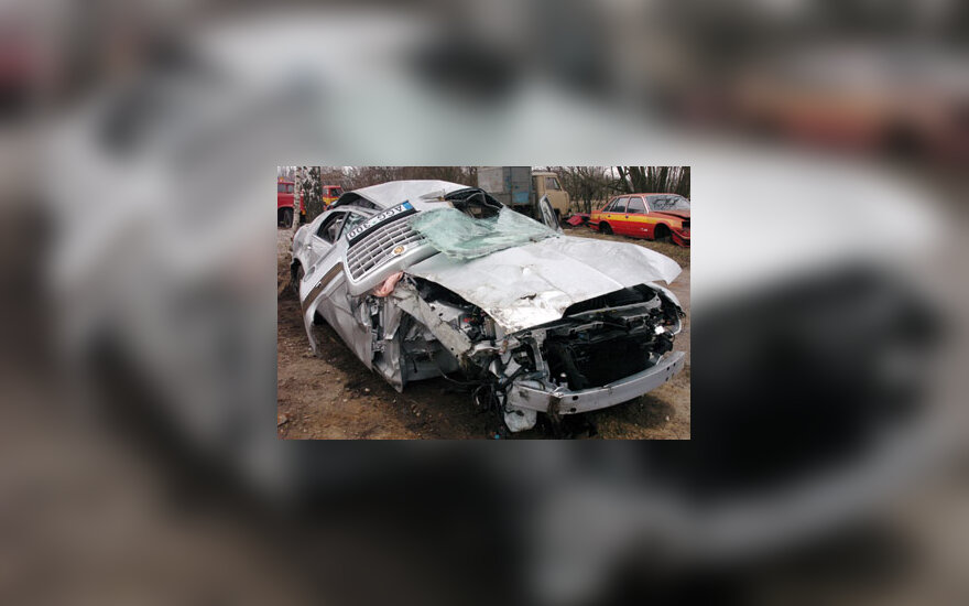 Sumaitotas avarijoje V.Šustausko automobilis
