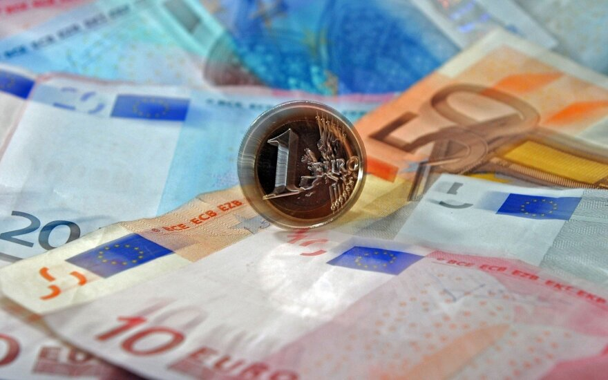Government raising budget spending by EUR 55 million