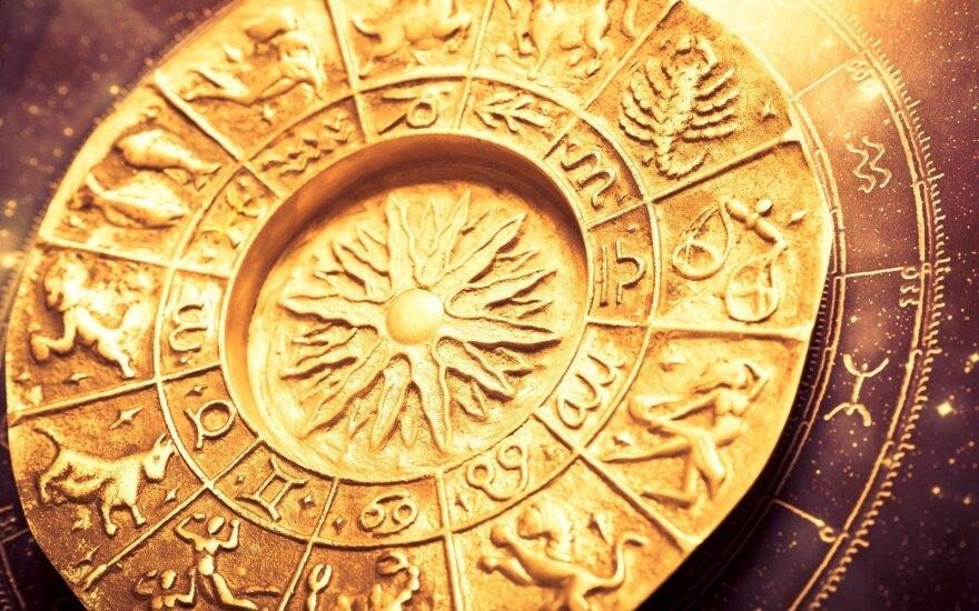 Astrologės Lolitos prognozė rugsėjo 24 d.: diena, galinti priminti kryžiažodžio sprendimą