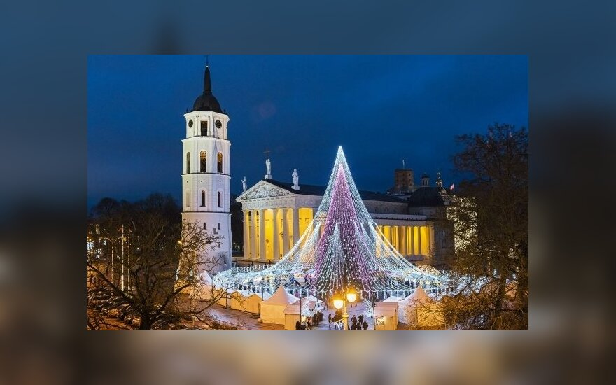 One of Europe's most beautiful Christmas trees, right here in Vilnius  Photo © Ludo Segers @ The Lithuania Tribune