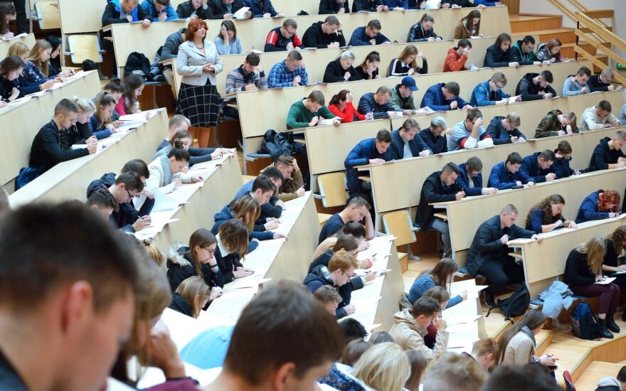 Konstitucijos egzaminas VGTU