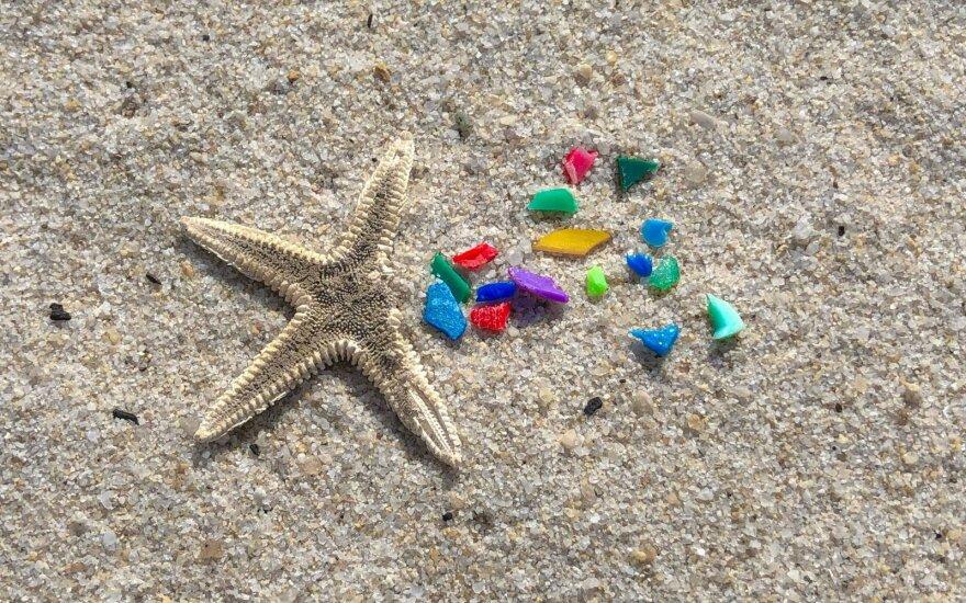 Plastikas pajūryje