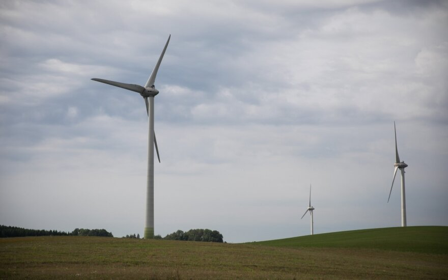 Vėjo energetikos bendrovės valstybei turės grąžinti 0,3 mln. eurų