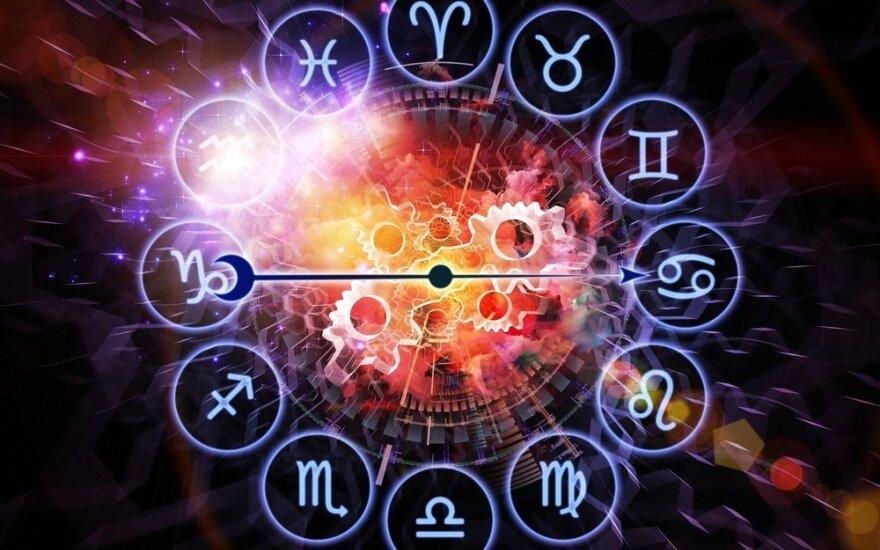 Astrologės Lolitos prognozė vasario 18 d.: diena gyvenimo permainoms