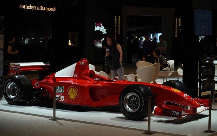 "Michaelio Schumacherio pergalingas 2002 metų ""Ferrari"" bolidas F2001"