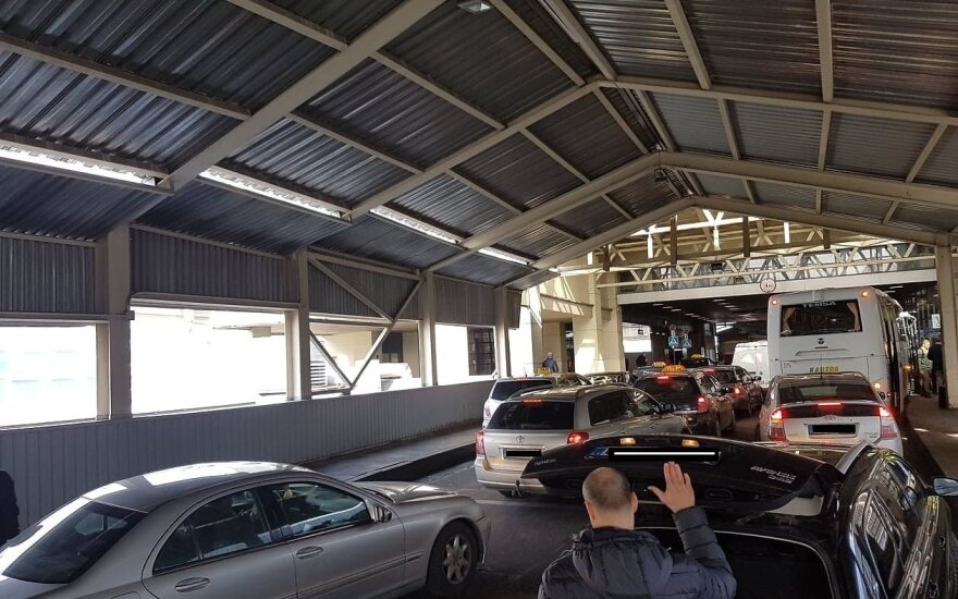 Neištvėrė netvarkos Vilniaus oro uoste – ilgai galvojo, kur kreiptis