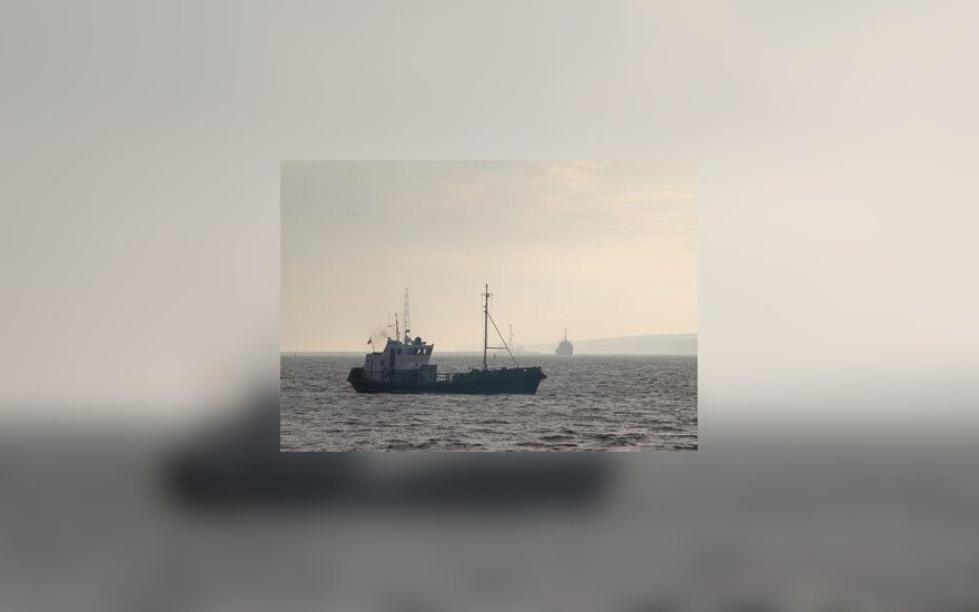 Kuršių marios, laivas