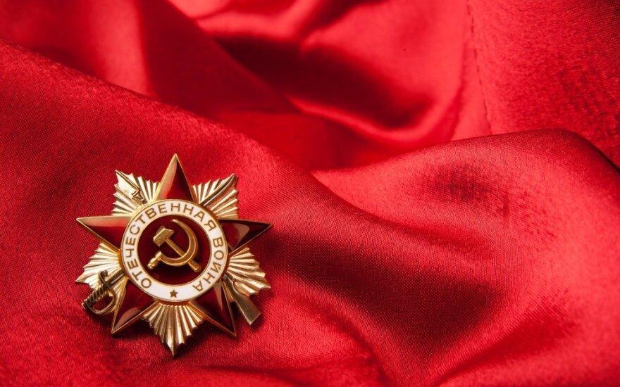 Ministerija: įstatymo įpareigojimas šalinti sovietų simboliką būtų perteklinis