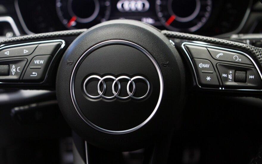 """""""Audi"""" dėl """"dyzelgeito"""" atšaukia A8 ir A7 modelius"""