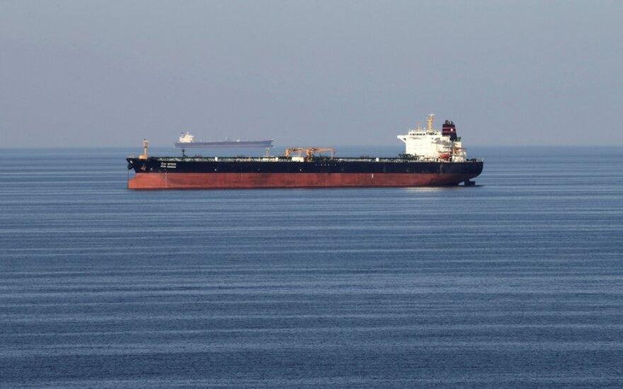 Tanklaivis Omano sąsiauryje