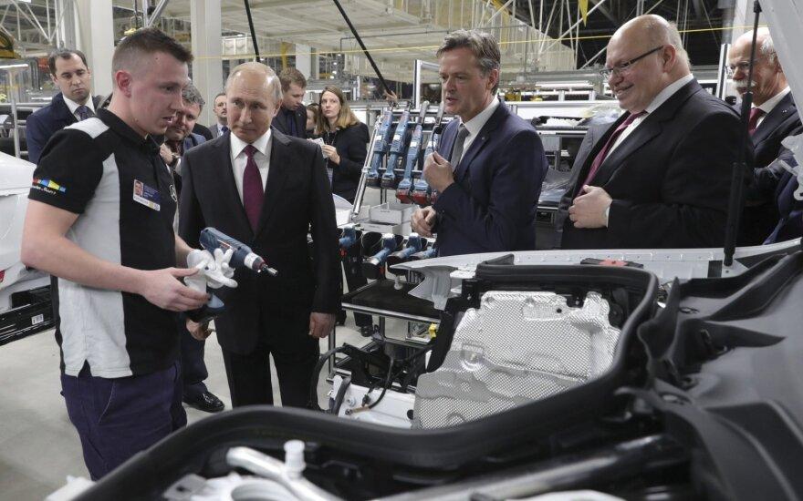 "Rusijoje atidaryta pirmoji ""Mercedes-Benz"" gamykla"