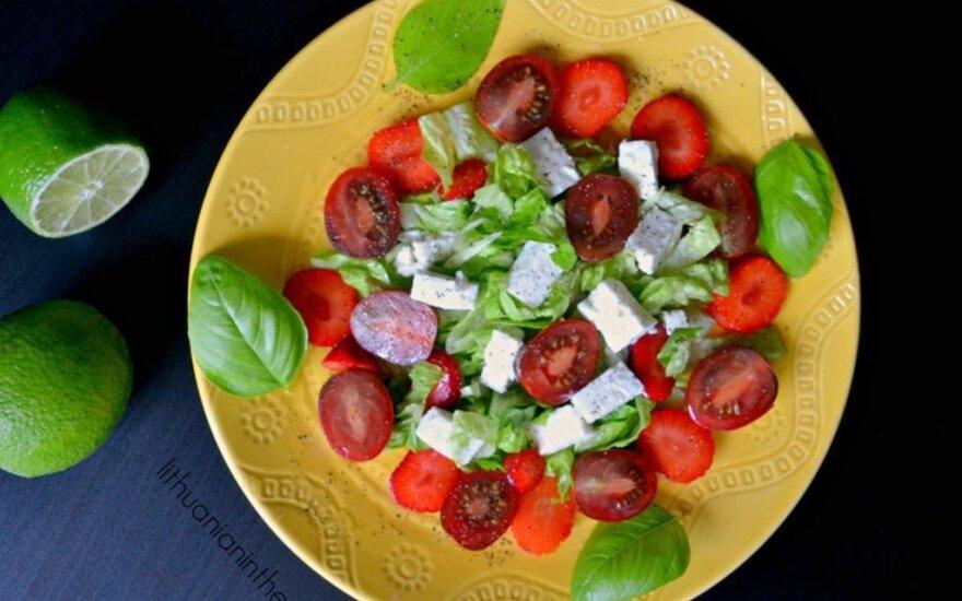 Gaivios salotos su braškėmis ir feta