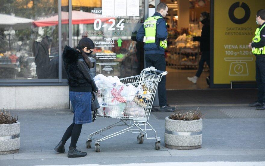 Atokvėpis prekybininkams: nuo ketvirtadienio gali pradėti veikti visos parduotuvės