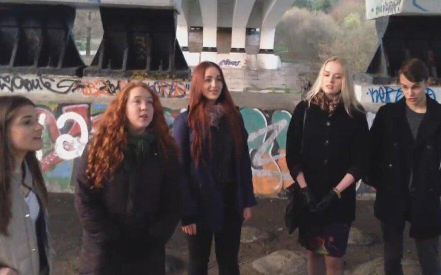 Vilniaus patruliai nustebo po tiltu aptikę neįprastą jaunimo kompaniją