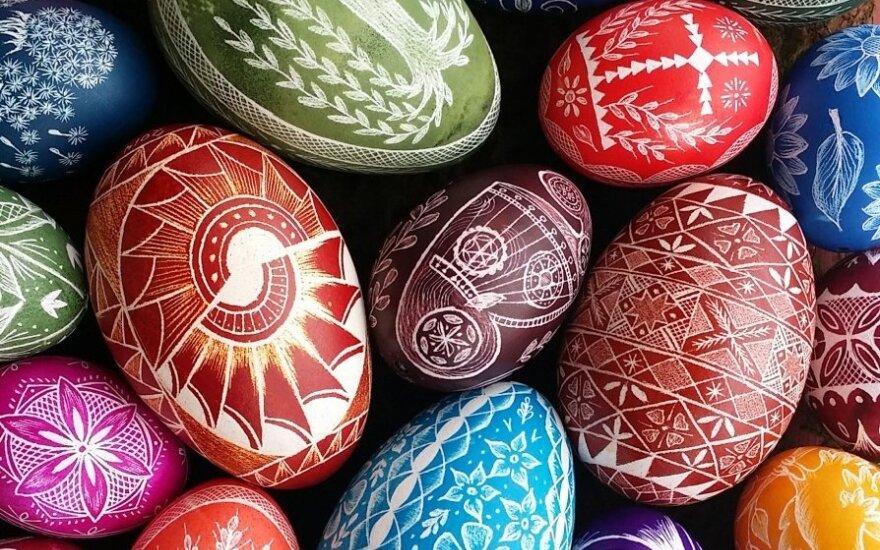 Christine Luschas' winning Easter eggs