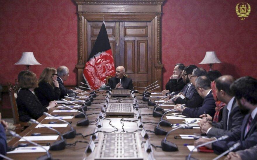 Afganistano prezidentas susitinka su JAV delegacija