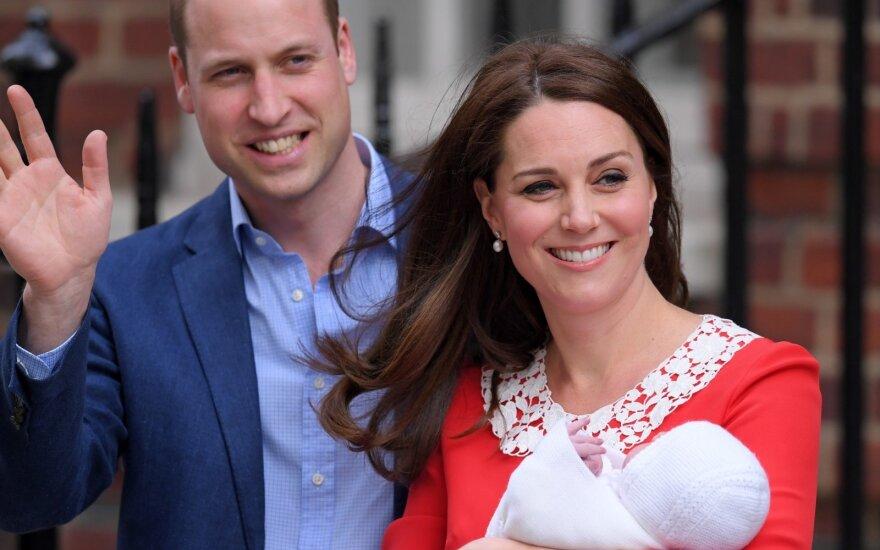 Ligoninę paliekančios Kate Middleton raudona suknelė buvo ne tik dailus rūbas: ji turėjo užslėptą prasmę