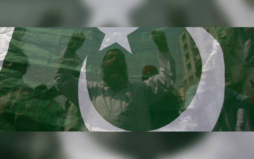 Išpuolį prieš Irano gvardiečius surengęs mirtininkas buvo pakistanietis