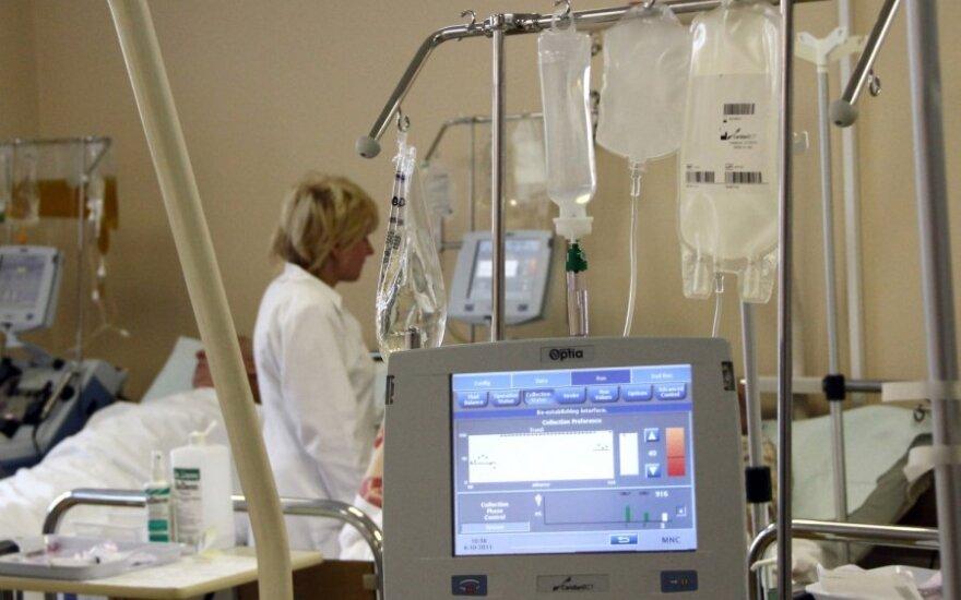 Vėžiu serganti moteris, negavusi kančias galėjusių palengvinti vaistų, pasirinko savižudybę