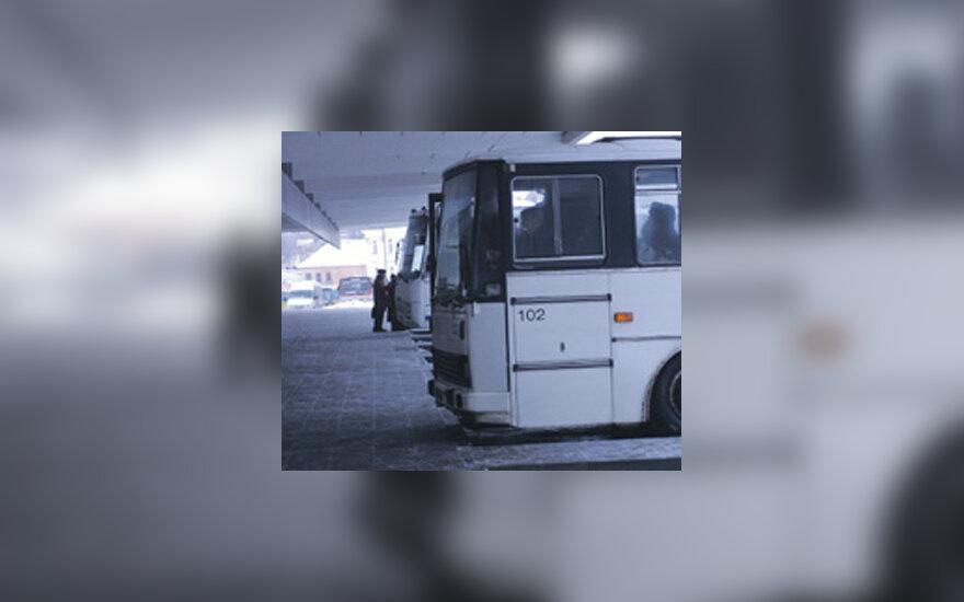 Autobusas, autobusų stotis