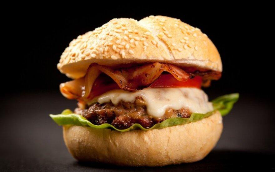 Vos per 5 dienas greitasis maistas gali sutrikdyti medžiagų apykaitą