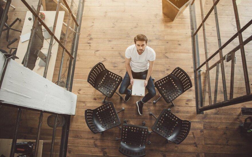 Svajonių darbu vadinamos profesijos realybė: atlyginimai – dideli, norinčių tapti specialistais – mažėja