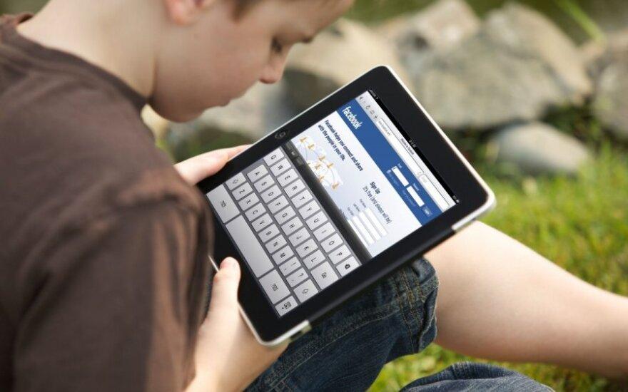 Psichologė: nuo kompiuterio priklausomas vaikas – auklėjimo pasekmė