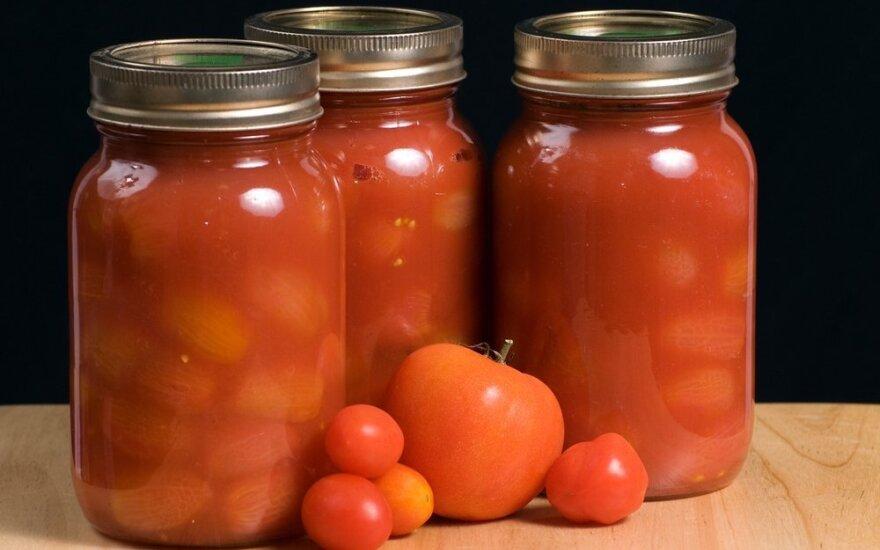 Paprasta ir greita: pomidorai savo sultyse