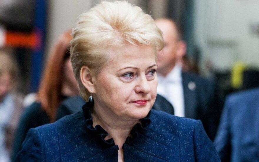 """D. Grybauskaitės atsakas """"Gazprom"""": kainas turėjo sumažinti seniai"""