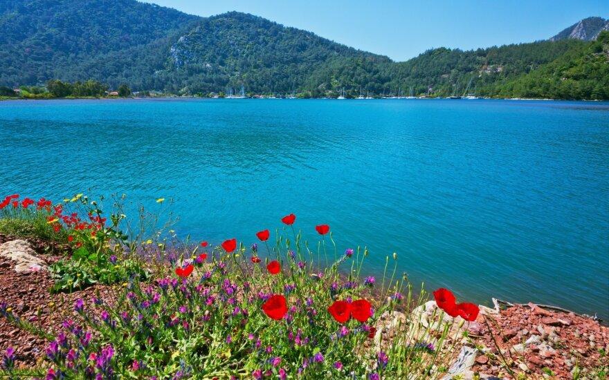 Pasivaikščiojimas ant vandens vilioja tūkstančius Turkijos turistų