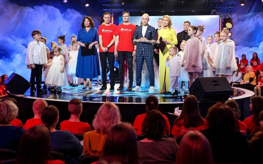 Vaikų paramos renginyje koncertavo ryškiausios scenos žvaigždės