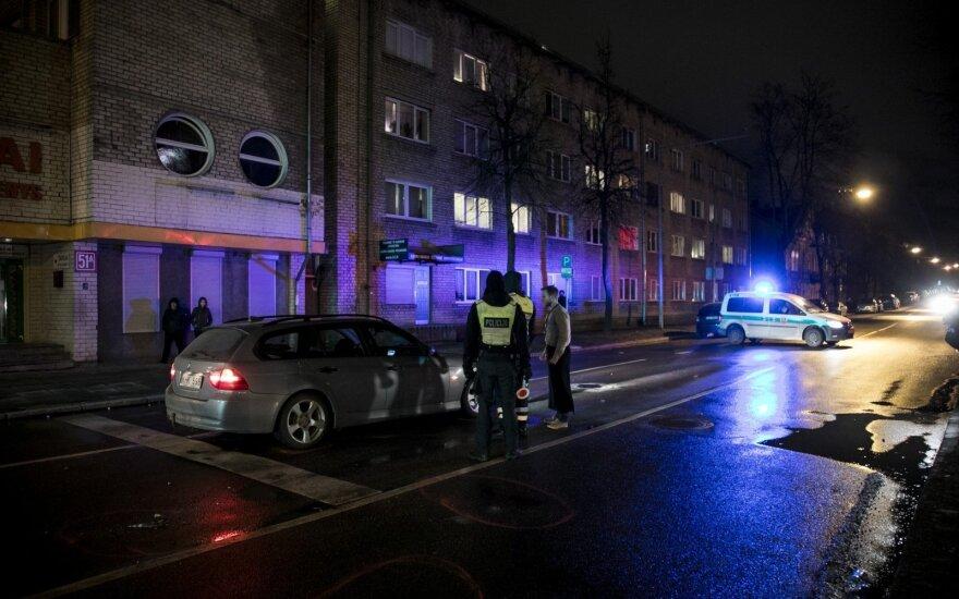 В Вильнюсе на пешеходном переходе автомобиль сбил женщину