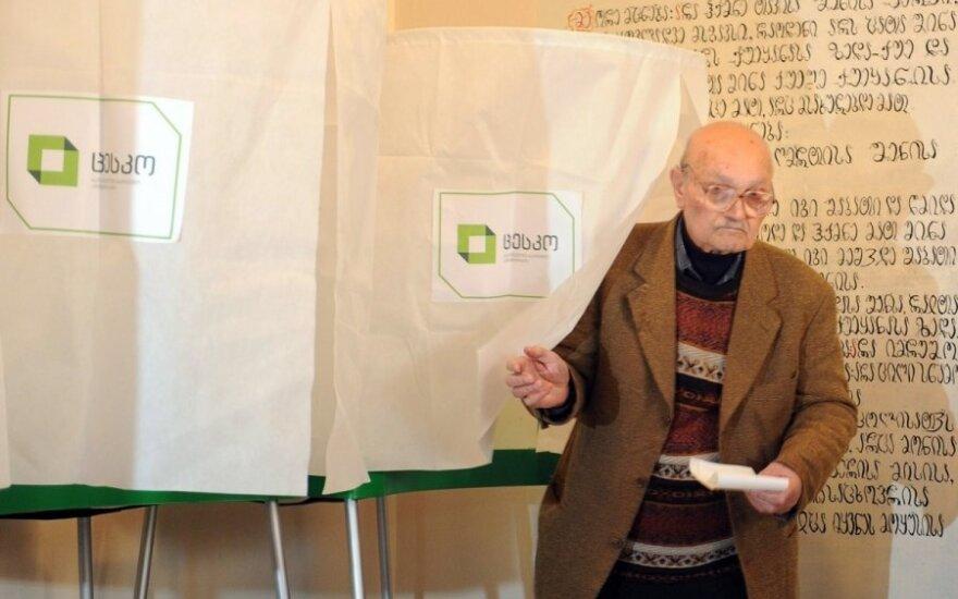 Rinkėjų apklausa parodė, kas turėtų laimėti rinkimus Gruzijoje