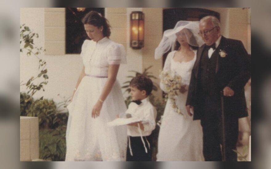Prabangus Pablo vasarnamis Majamyje. Ten 1981 m. gegužės 9 dieną šventėme mano sesers vestuves. 1987 m. policija jį konfiskavo.