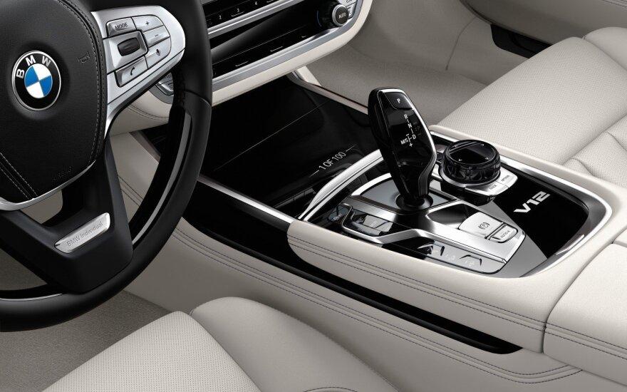 """Ribotos serijos """"BMW 7"""""""