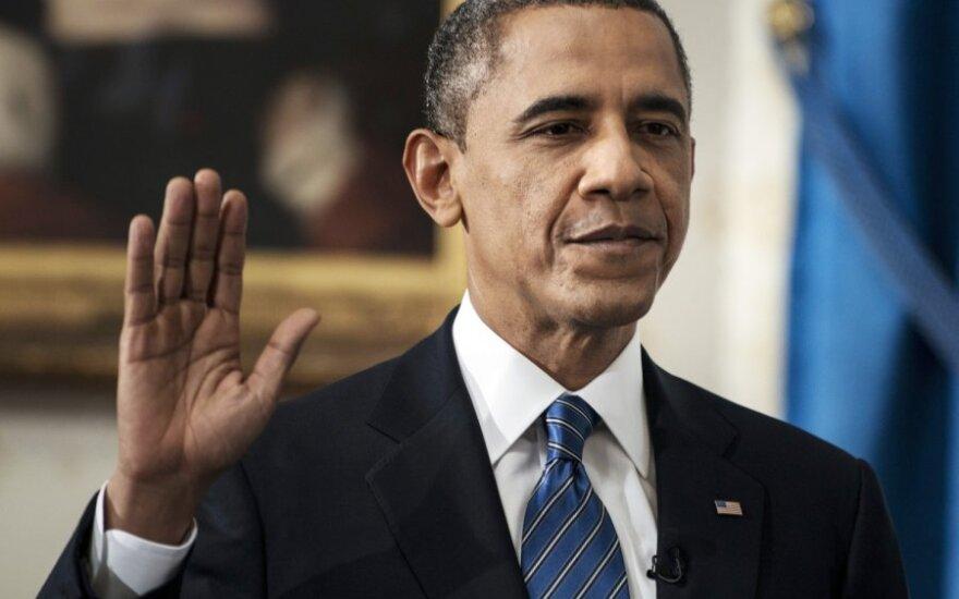 B.Obama pasiūlė skirti 15 mlrd. dol. naujoms darbo vietoms
