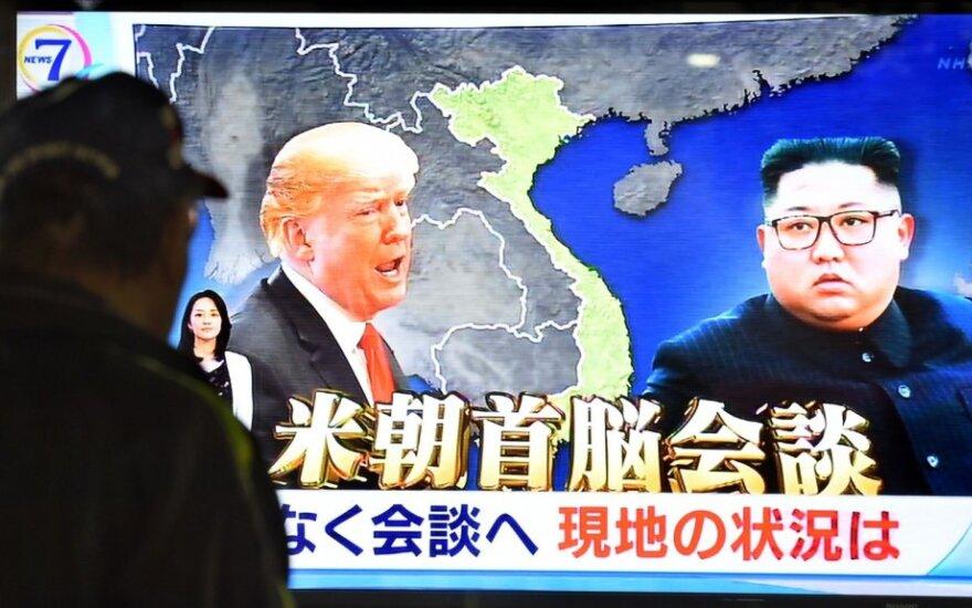 Hanojuje prasideda Donaldo Trumpo ir Kim Jong-uno susitikimas