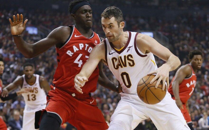 """NBA: Toronto """"Raptors"""" ir Klivlando """"Cavaliers"""" atidaromoji sezono dvikova"""