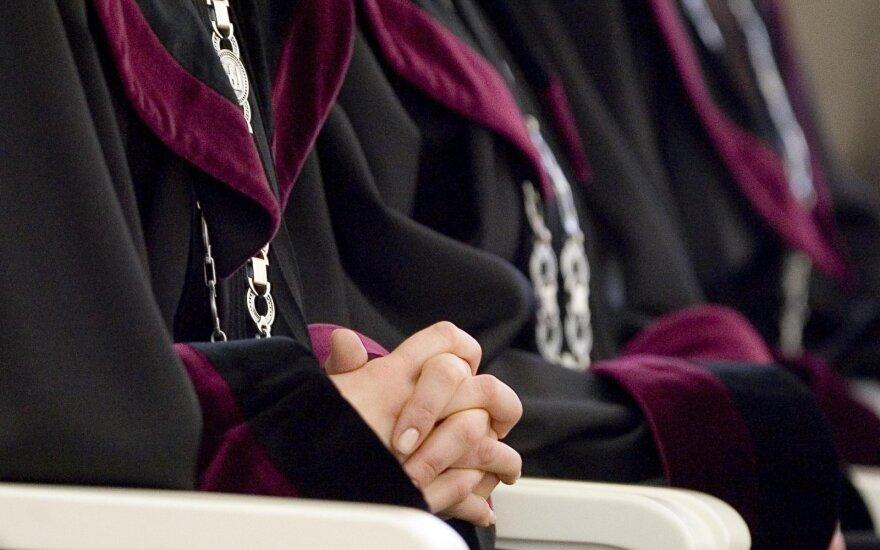 Teisėjų garbės teismas siūlo atleisti teisėjo vardą pažeminusią Rasą Augustę iš pareigų