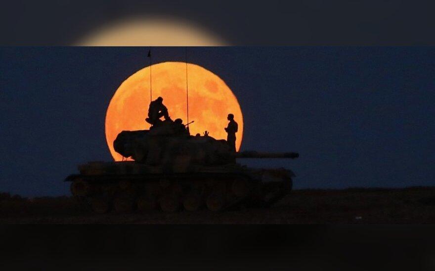 Sirijos kurdams skirtas JAV krovinys su ginklais pateko į islamistų rankas
