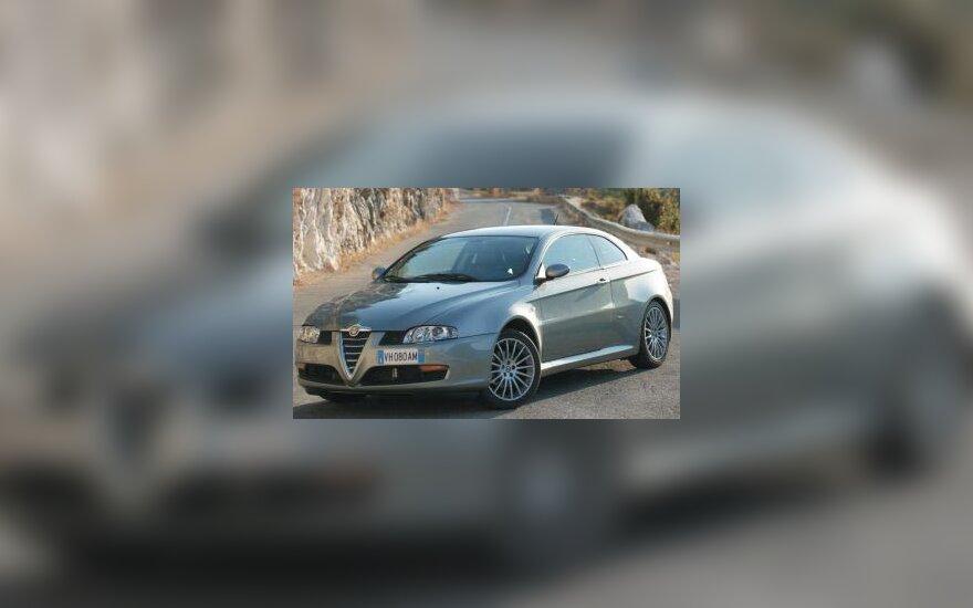 """Alfa Romeo GT"""