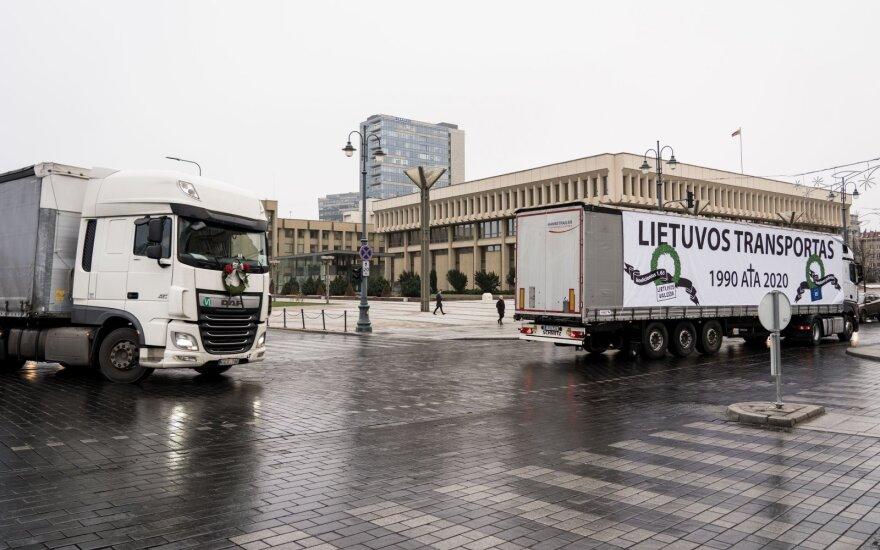 """""""Linava"""" kreipėsi į Europos Komisiją: transporto sektorius patirs didžiulius praradimus"""