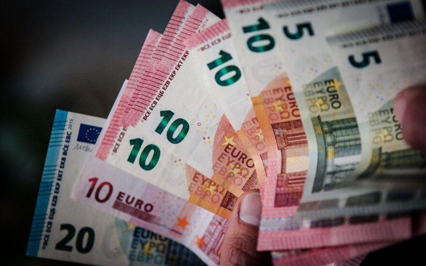 """Apklausa: kovą euro zonos įmonės patyrė """"beprecedenčius žlugimus"""""""