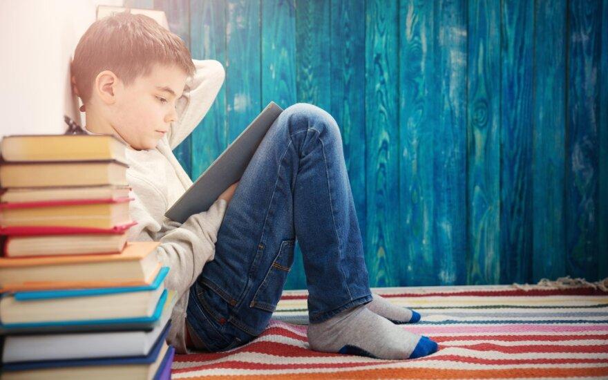 Trumpos vaikiškos istorijos konkursas: knygomis virs net trys pasakojimai