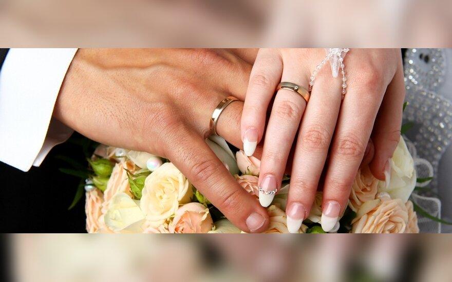 Anksti ištekėjusioms moterims gresia psichikos ligos