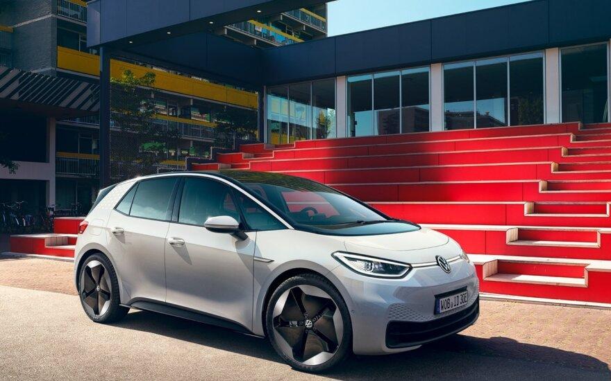 """Frankfurto automobilių parodoje pristatytas """"Volkswagen ID.3"""""""
