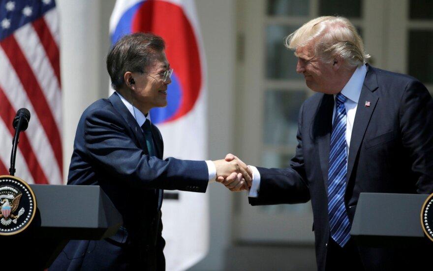 Donaldo Trumpo ir Moon Jae-Ino susitikimas